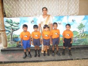 5 Nayani und die Kinder
