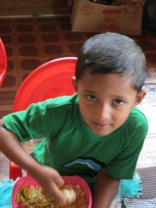 08 Ravidu Rashmika_Die Kinder stellen sich vor